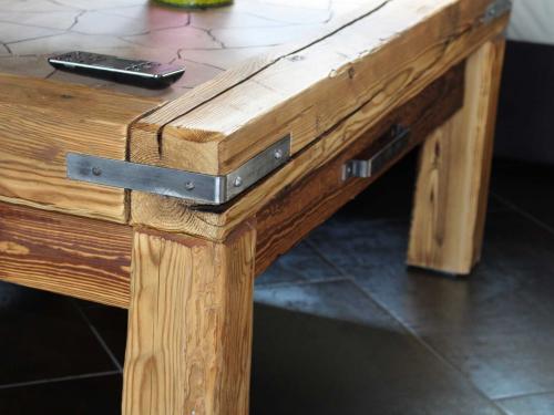 Table basse vieux bois2.jpg