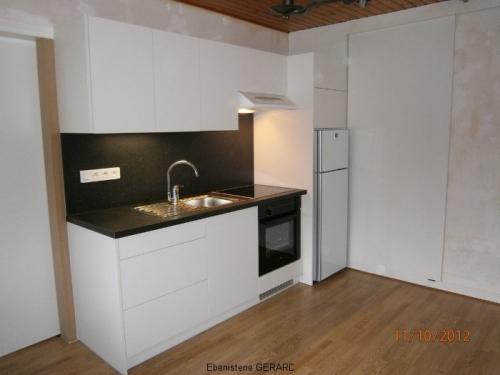 CM003-Cuisine kitchenette