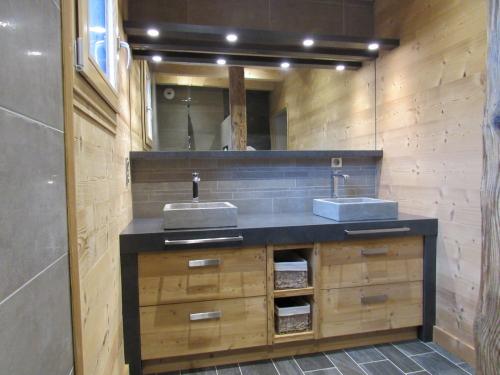 SB016- Meuble de vasque entre murs