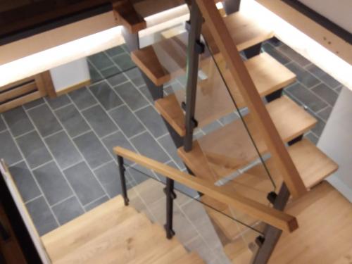 Escalier fer et bois.jpg