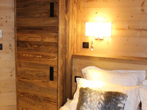 Chambre vieux bois.jpg
