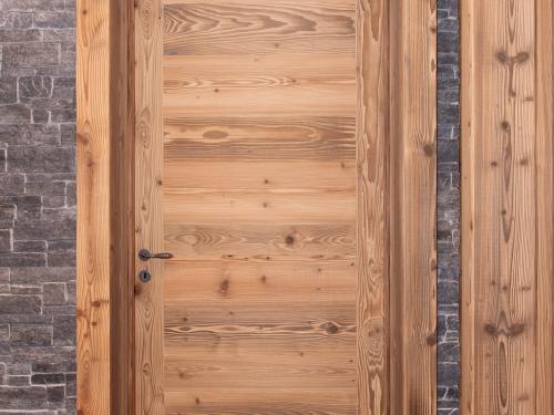 Porte en vieux bois.jpg