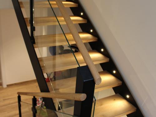 Escalier chêne, fer et verre