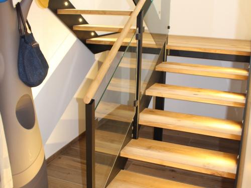 ES020 - Escalier chêne, fer et verre
