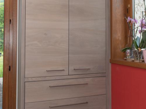 ME025- Meuble de cuisine en sapin teinté