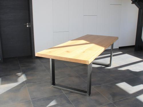 TA031 - Table chêne chant brut et acier