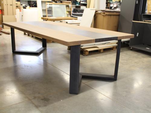 TA033 - Table chêne, céramique et pieds fer