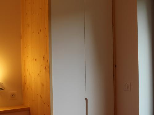 Placard 2 portes battantes